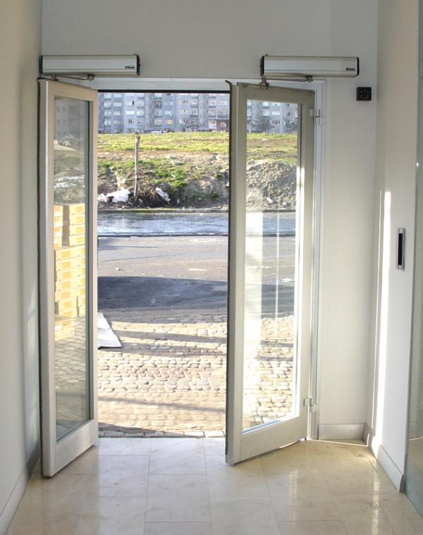 90° Derece Açılır Çift Kapı Sistemi