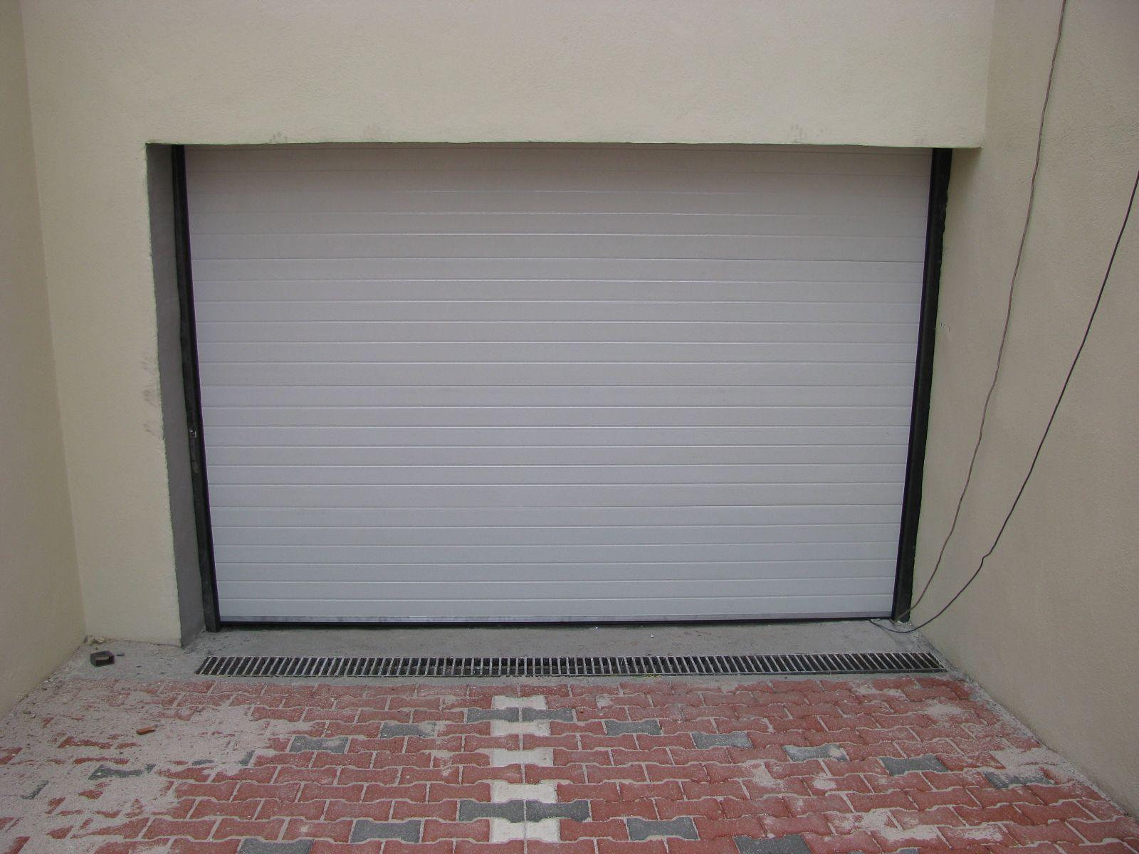 Ev Tipi Dar alanlar için tercih edilen seksiyonel kapı sistemleri